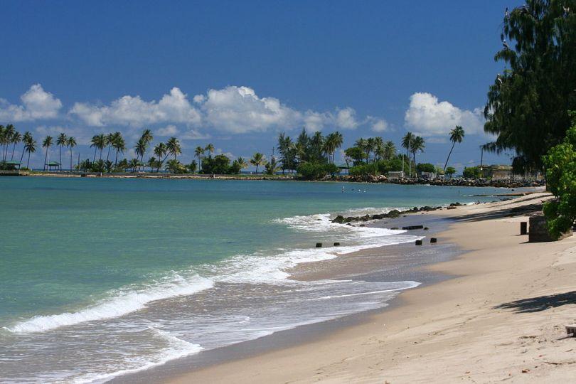5 1024px-Puerto_Rico_beach