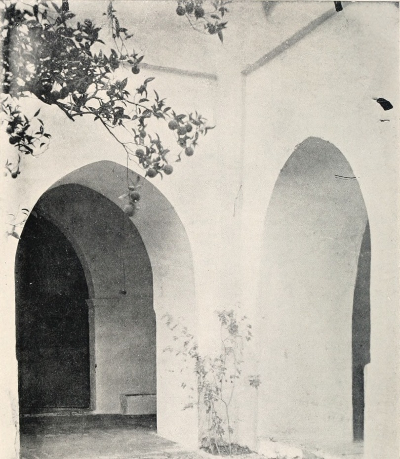 Arabic_Spain_-_sidelights_on_her_history_and_art_(1912)_(14779773294)